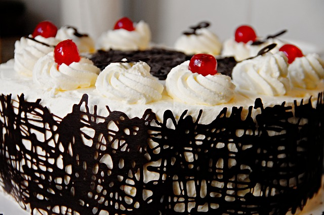 "Названия кондитерских включающие слово «торт», ""cake"""